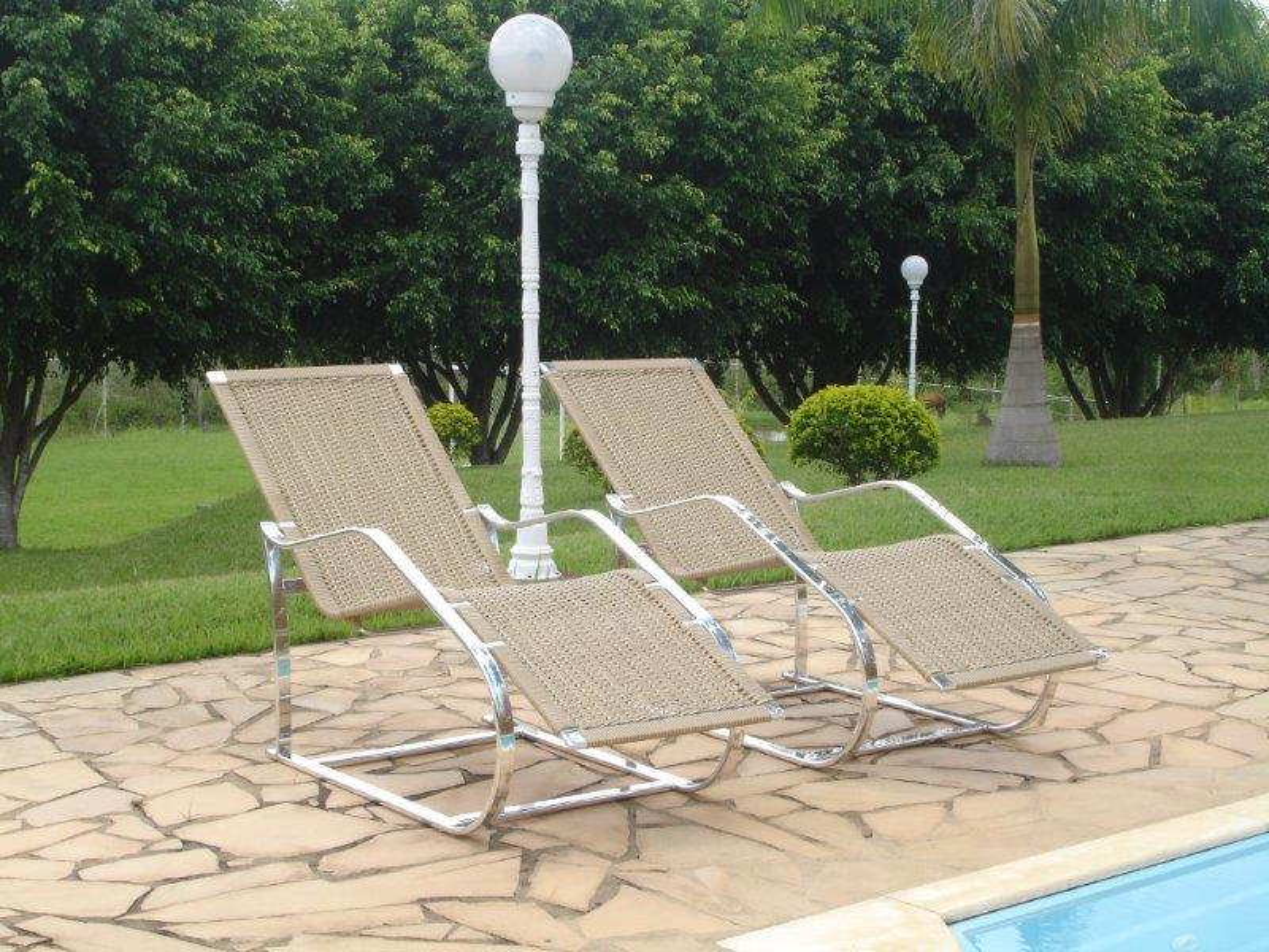 Móveis para piscina de fibra sintética