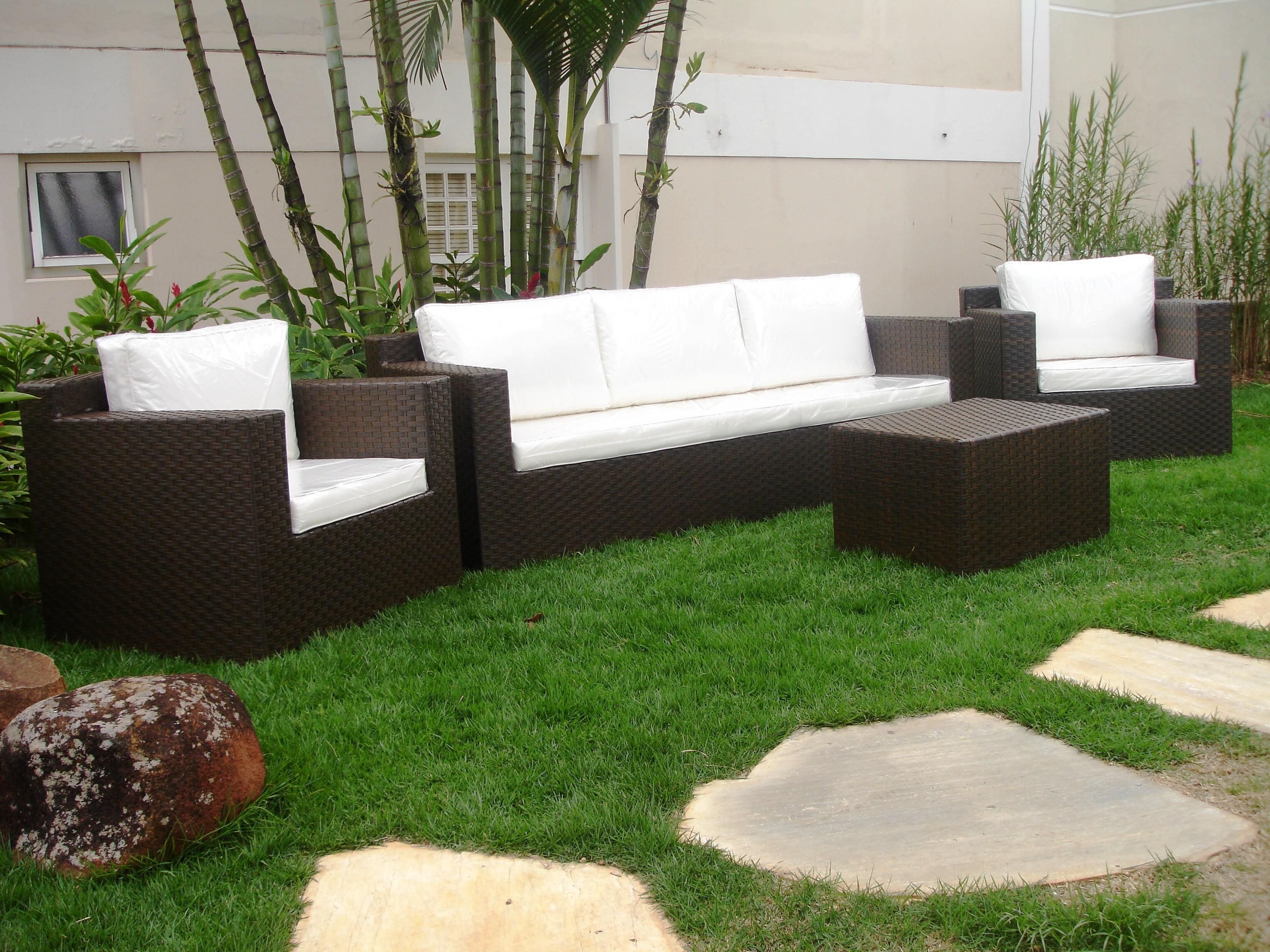 Móveis externos para jardim