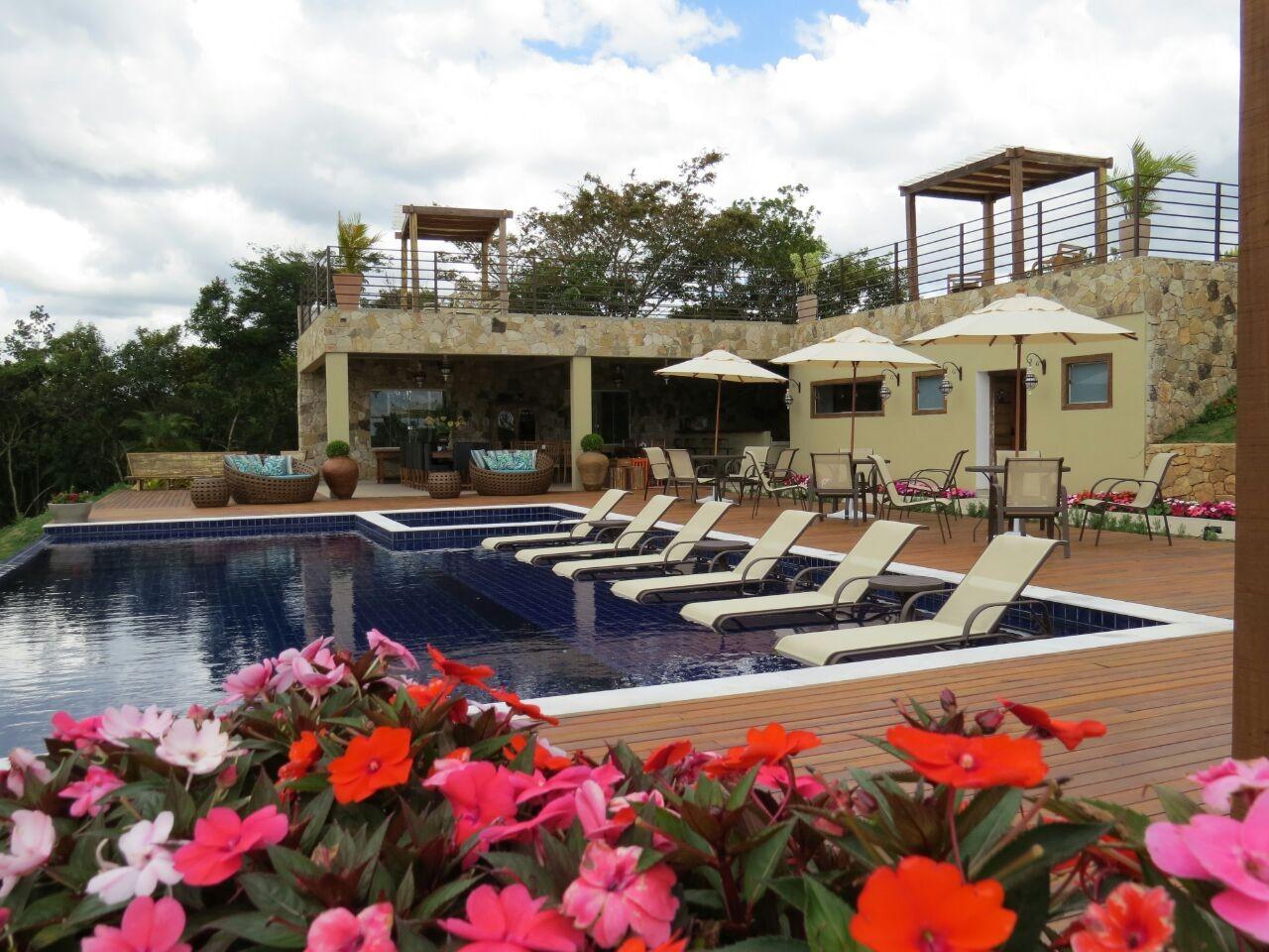 Móveis externos para piscina